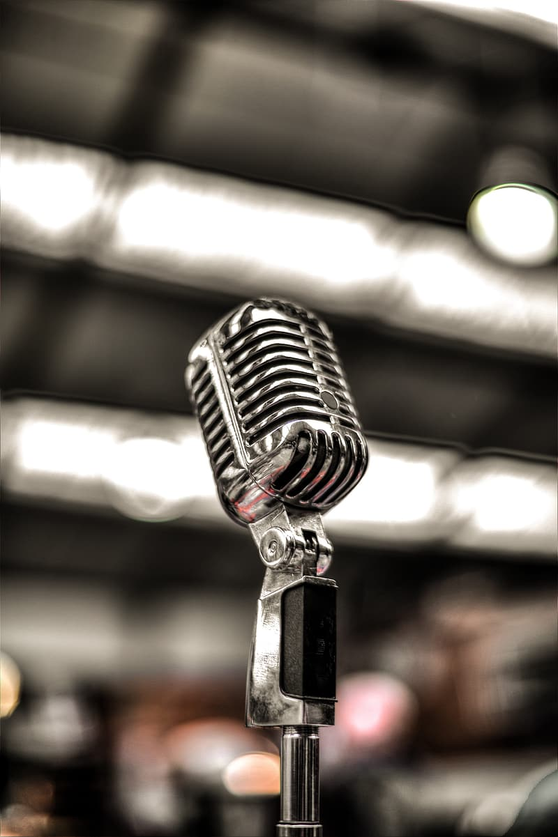 Selective focus photography of stage microphone
