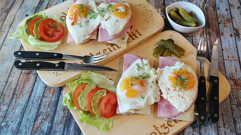 Egg and ham sandwiches