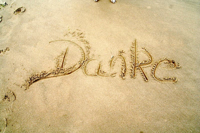 Danke sand word at daytime