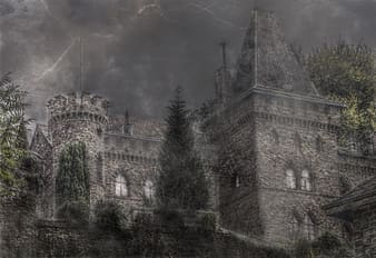 Black castle under thunderstorm wallpapper