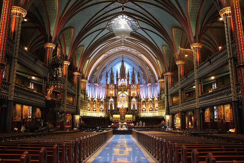 Cathedral interior photo in daytime