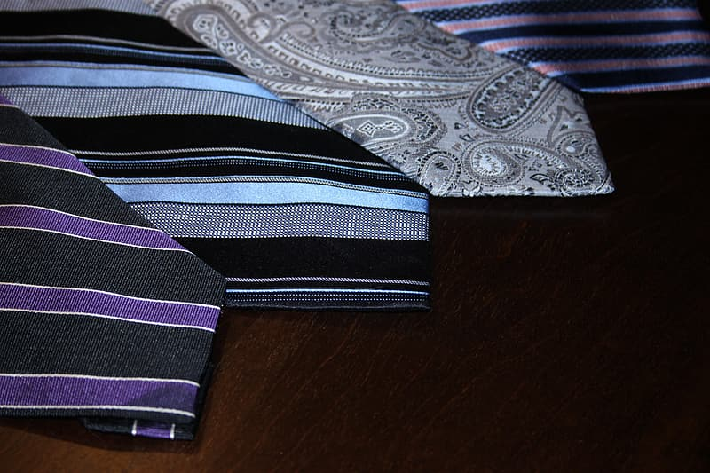 Several-pattern neckties