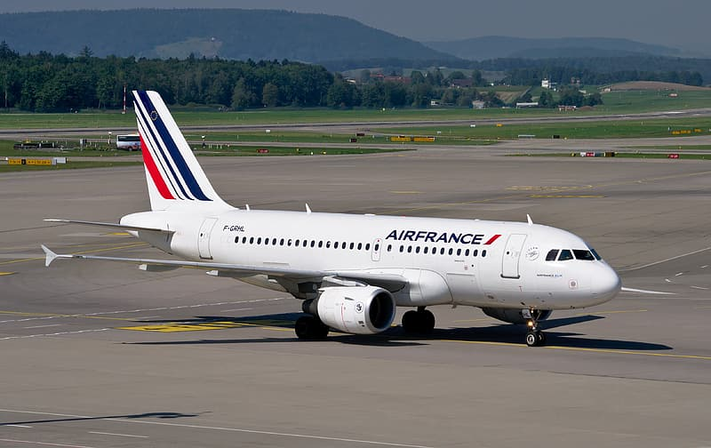 White and blue AirFrance airplane