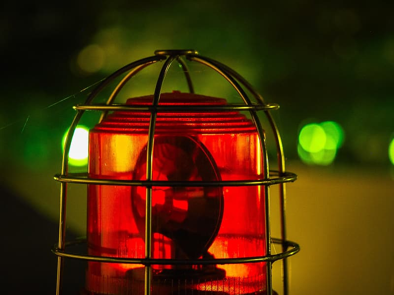 Shallow focus photography red bacon light
