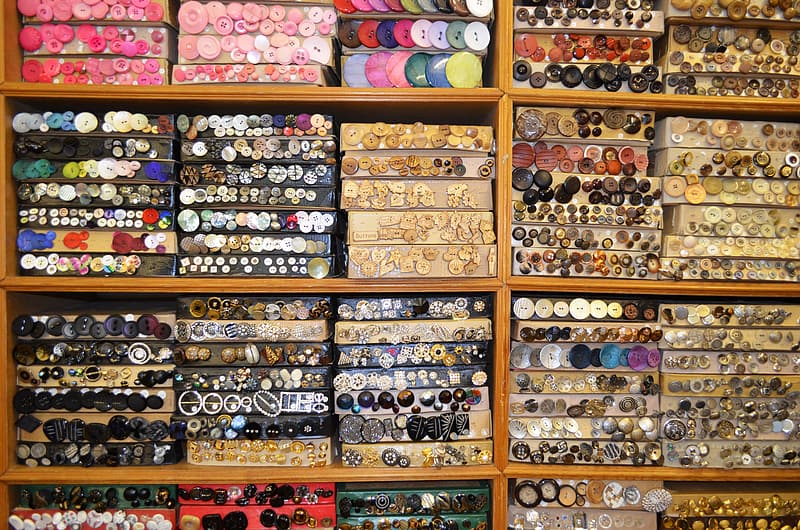 Assorted button lot