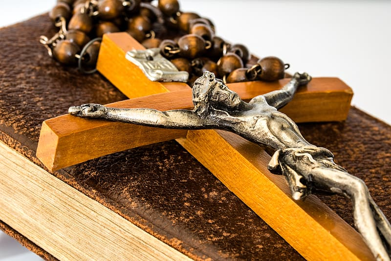 Macro photography of brown rosary