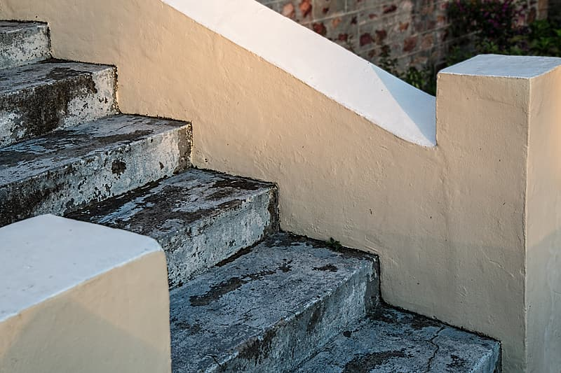 White and gray concrete stairs