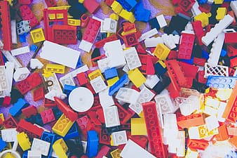 Assorted-color interlocking brick toy lot