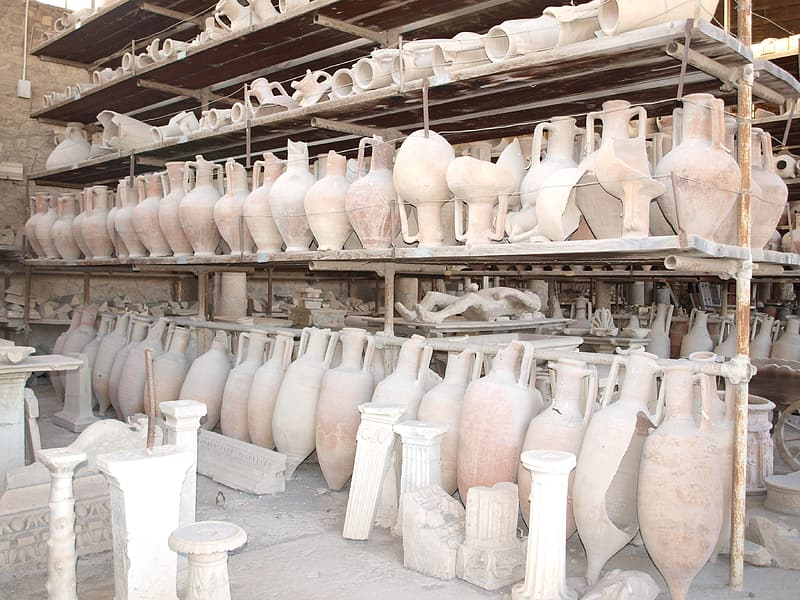 File of ancient vase collection