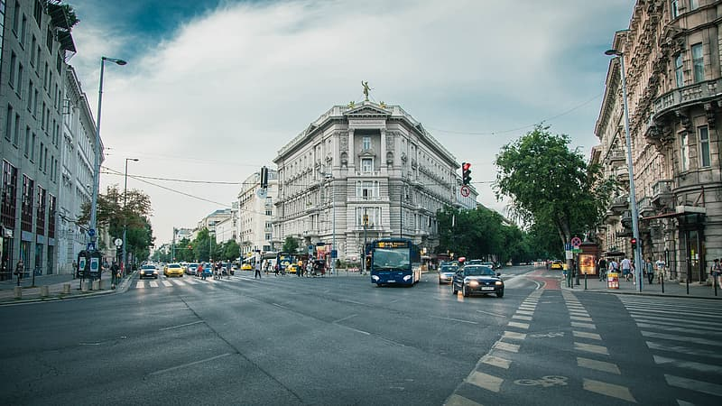 Architectural photography of city buildign