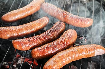 Six grilled sausages