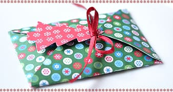 Green and red greeting card closeup photo