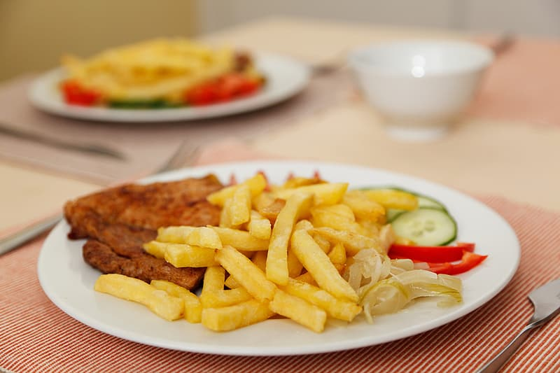 Cooked food with fries