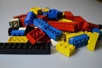 Assorted-color building block toys