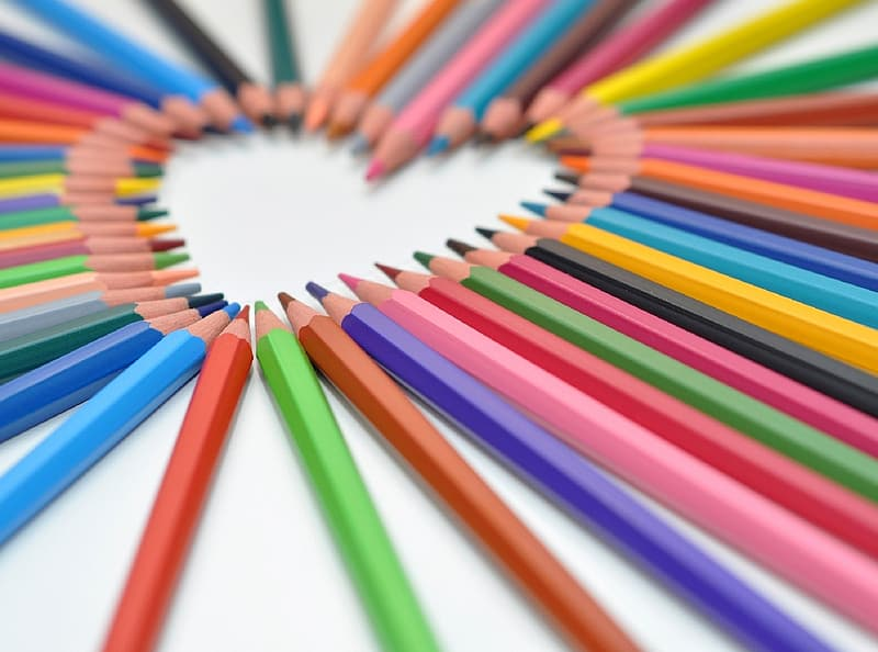 Selective focus photo of assorted-color pencils