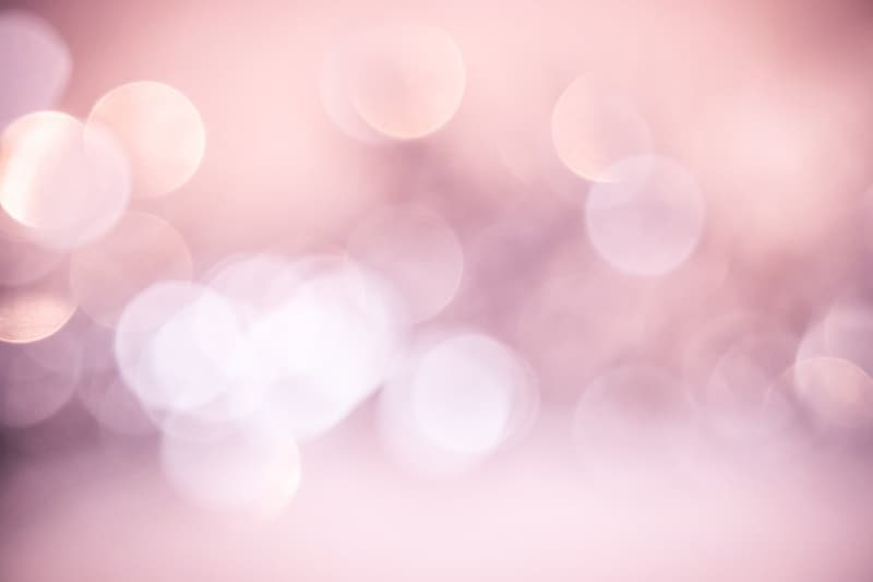Pink and white light bokehs