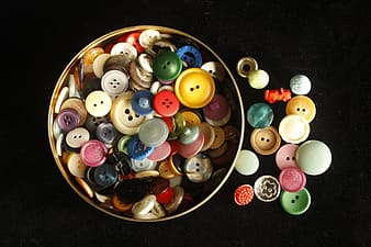 Assorted clothes buttons lot
