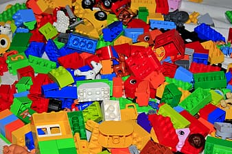 Assorted-color stacking block toys