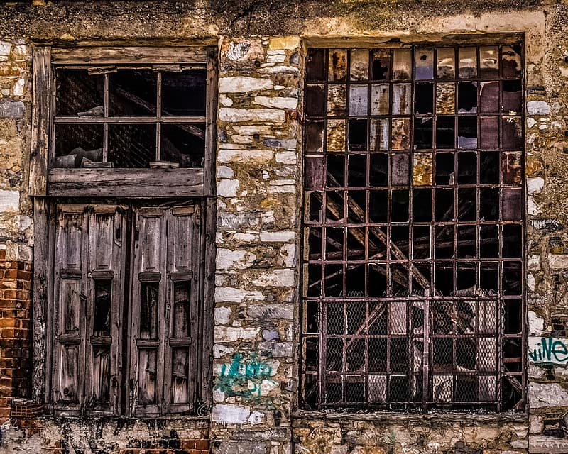Photo of abandoned building