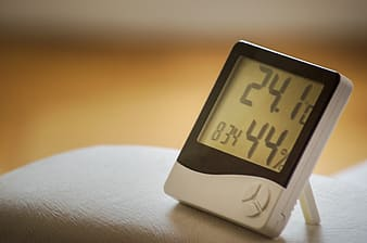 Digital thermostat at 24.1 and 44 %