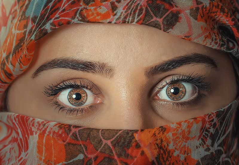 Close up photo of person's brown eyes