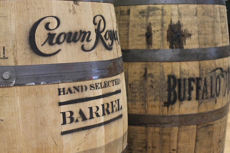 Brown and black wooden barrel