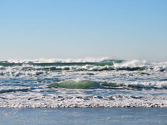 Sea waves at daytime