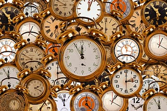 Gold-colored bell alarm clock lot