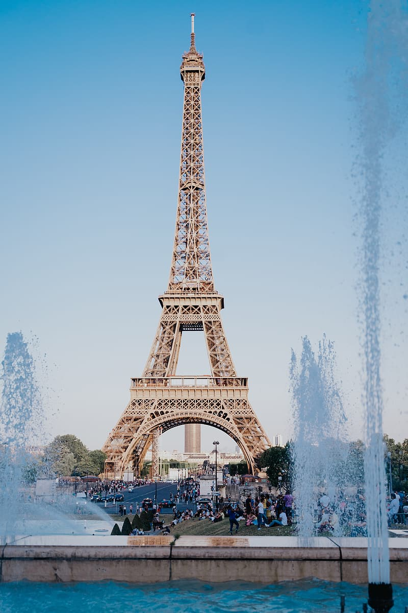 Eiffel tower in paris france during daytime