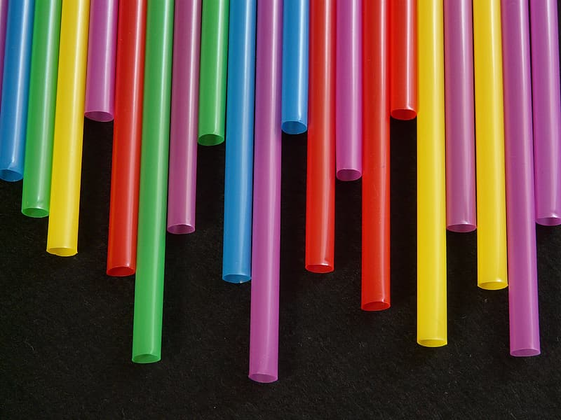 Assorted-color plastic drinking straw lot