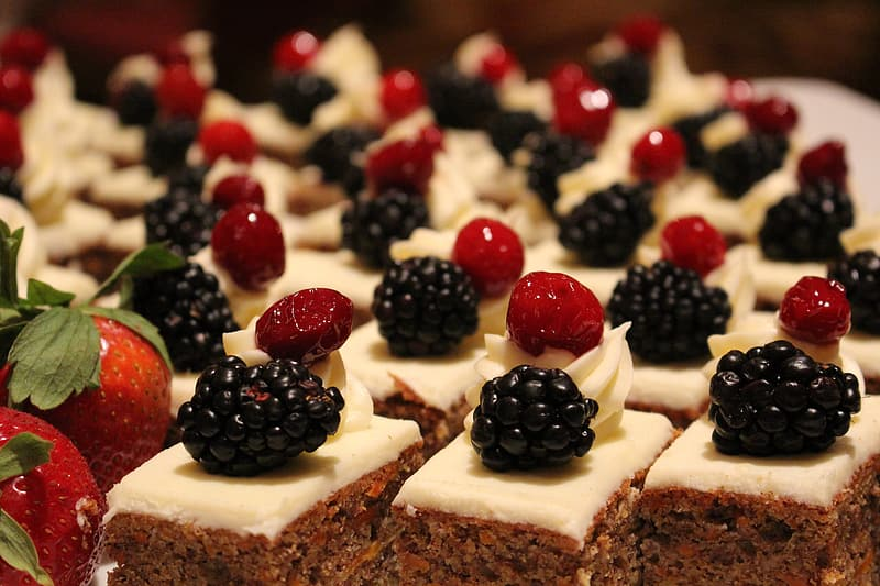 Cake with berry toppings
