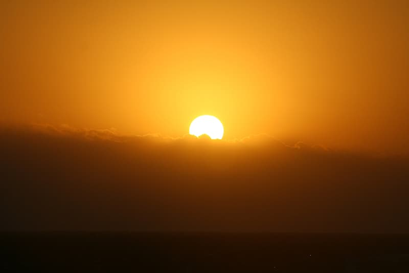Photography of sun during golden hour