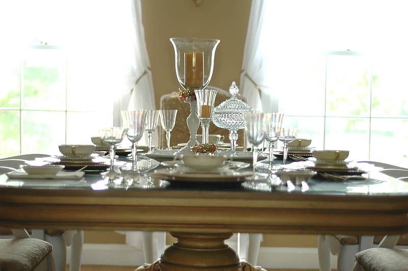 Clear glass formal table setting