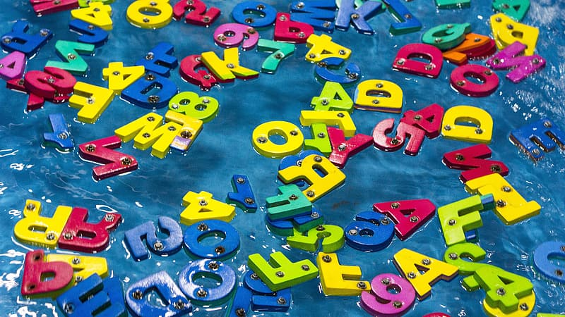 Assorted-color letters and numbers lot