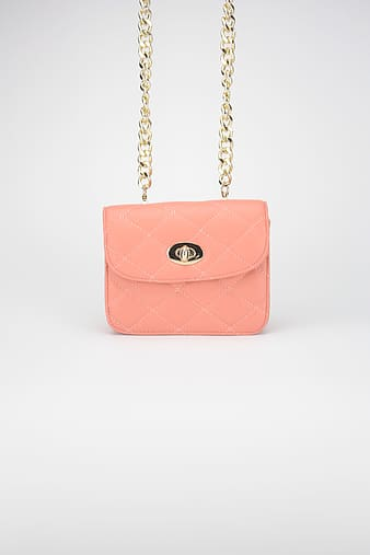 Quilted pink leather flap bag