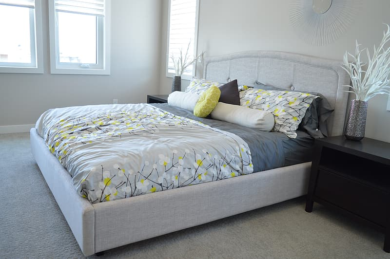 Gray storage lift-up bed ; gray-green-black floral comforter with pillow