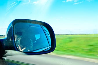 Right vehicle side mirror